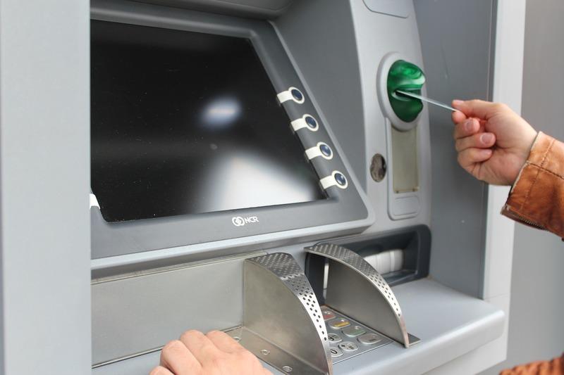 utilizzo carta di credito con ATM