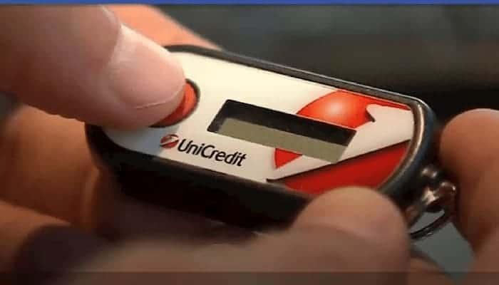 Dispositivo per generare i codici OTP